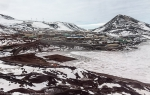 f2_McMurdo-Base_06Feb13_010